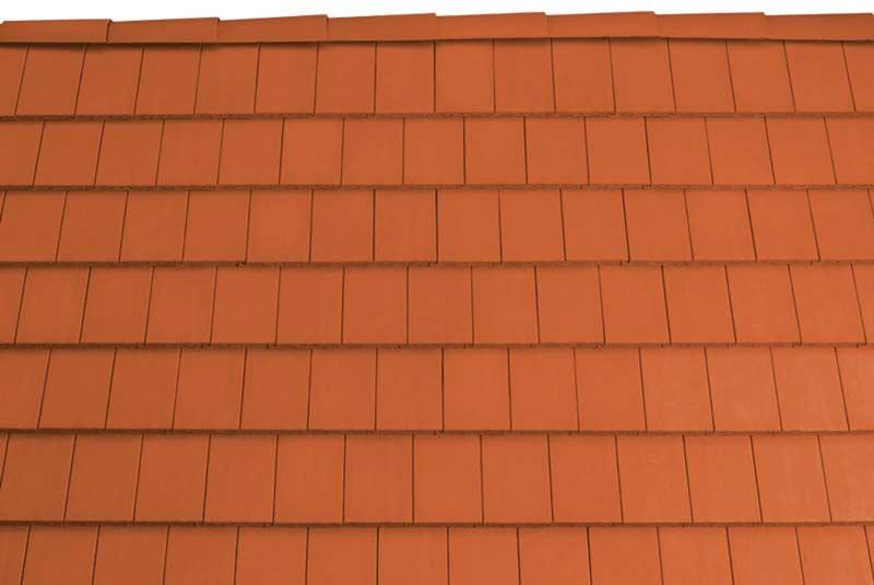 Tondach Pilis egyenesvágású tetőcserép téglavörös